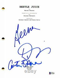 Geena Davis & Catherine O'hara Cast Signed Autograph Beetlejuice Movie Script