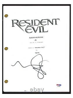 Milla Jovovich Signed Autographed RESIDENT EVIL Full Movie Script PSA/DNA COA