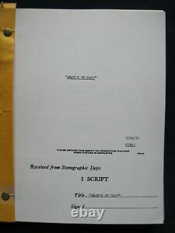 ORIGINAL SCRIPT for WHAT'S UP, DOC PETER BOGDANOVICH / BUCK HENRY Film