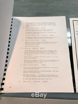 THE ROAD WARRIOR (MAD MAX) 1981 MOVIE SCRIPT signed MEL GIBSON + 3